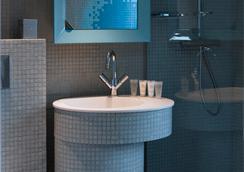 ネル ホテル & スイーツ - パリ - 浴室