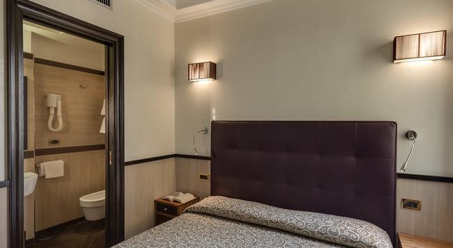 ボッロメーオ ホテル - ローマ - 寝室