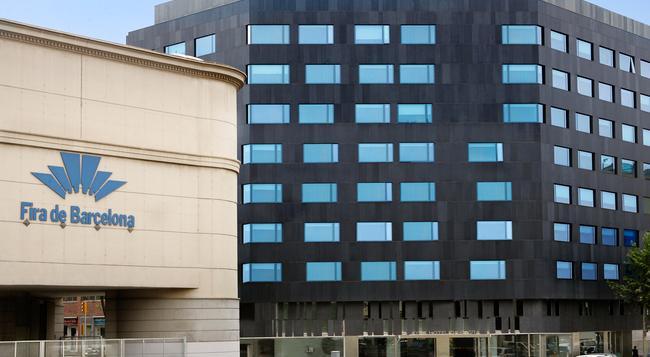 エア ホテル グラン ビア - バルセロナ - 建物