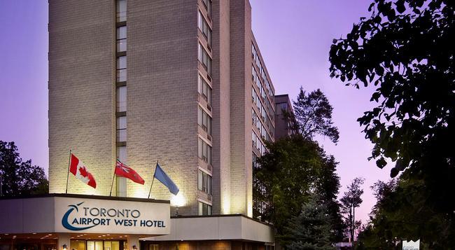 トロント エアポートウェストホテル - ミシサガ - 建物