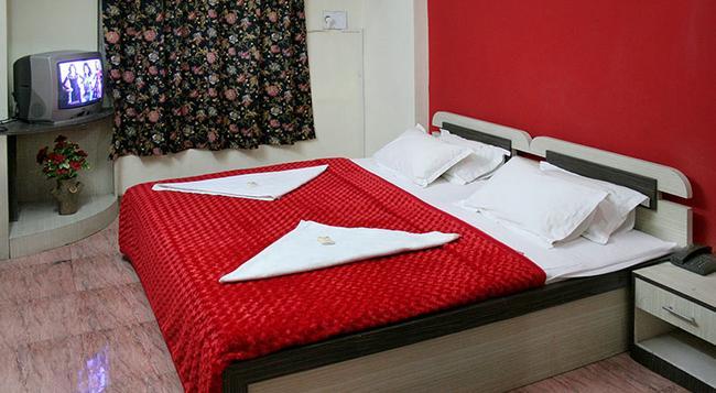 Hotel Indraprasth - アウランガーバード - 寝室