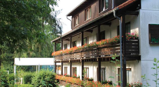 Hotel Forsthaus - ベルリン - 建物