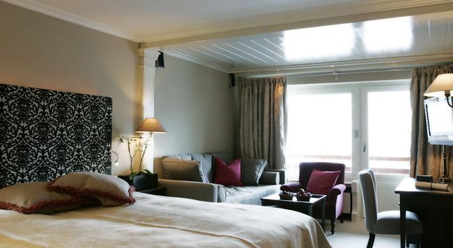 ホテル ベルクホフ - レッヒ - 寝室