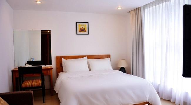 クラウン ダイヤモンド ホテル フーミーハング地区 7 - ホーチミン - 寝室