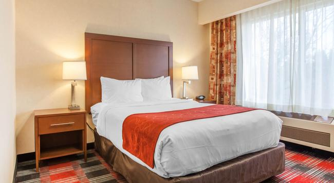 Comfort Suites - バンクーバー - 寝室