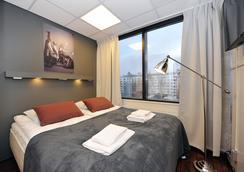 フォアノム アパートホテル オウル ウウシカトゥ - オウル - 寝室