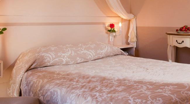 ラ プティット オーベルジュ ド ルシヨン - ルシヨン - 寝室