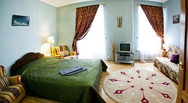 Bed2Bed Na Bolshoy Morskoy Mini-Hotel - サンクトペテルブルク - 寝室