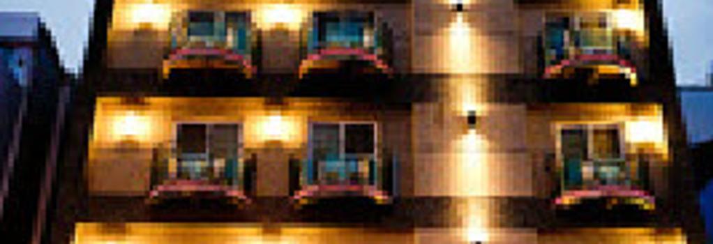 Ibiza Kenting Hotel - 恒春鎮 - 建物