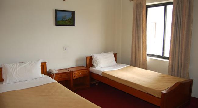 ホテル ノルブ サンポ - カトマンズ - 寝室