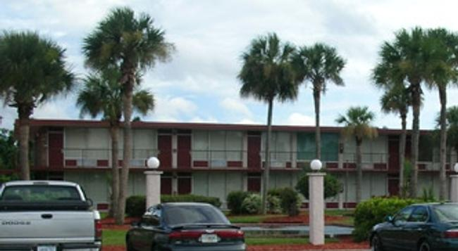 Intown Suites-Orlando North - オーランド - 建物