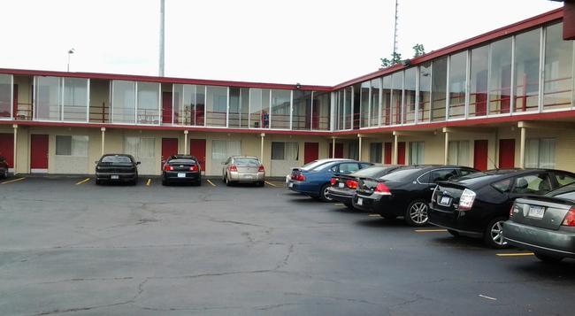 Seaway Motel - マスキーゴン - 建物