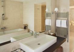 ホテル デュ ダニューブ サン ジェルマン - パリ - 浴室
