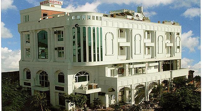 Hotel Kings Corner - ジャイプール - 建物
