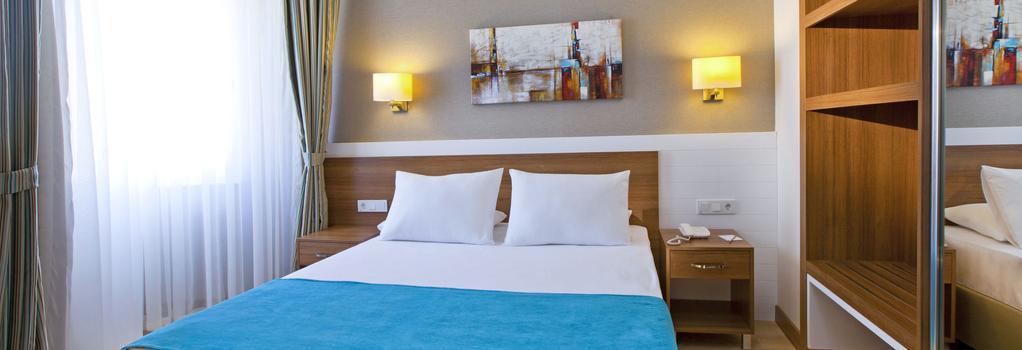 グランド パーク ララ ホテル - アンタルヤ - 寝室