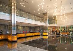 FM7 リゾートホテル ジャカルタ エアポート - タンゲラン - ロビー