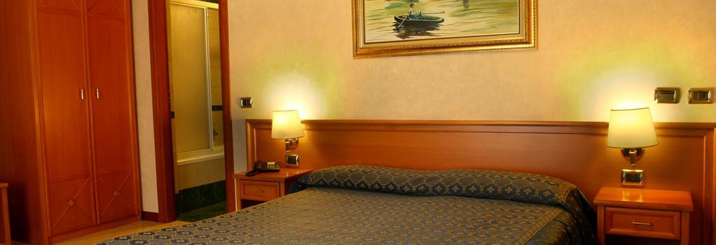 ホテル オルランダ - ローマ - 寝室