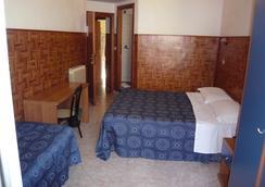 クレッシー - ローマ - 寝室