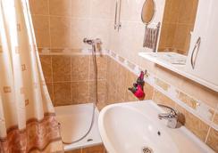 Greek House Hotel - クラスノダール - 浴室