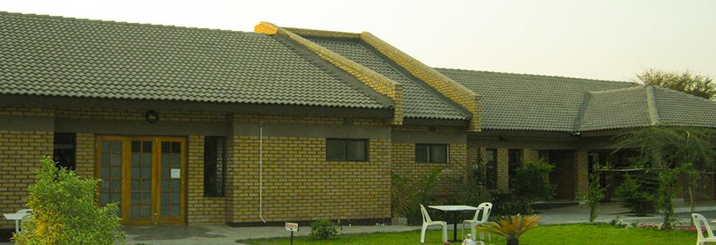 Senthaga Guest House & Safaris - Maun - 建物