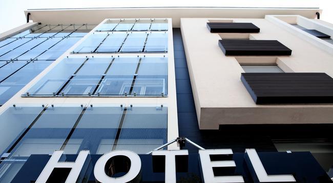 ノヴァ シティ ホテル シグネチャー コレクション - ベオグラード - 建物