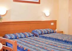 ホテル セントラル プラヤ - イビサ - 寝室