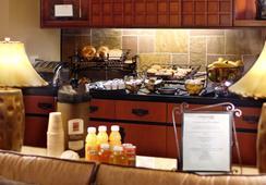 ラークスパー ランディング サウス サンフランシスコ アン オール スイート ホテル - サウス・サンフランシスコ - レストラン