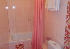 Hotel Astor - Cherepovets - 浴室