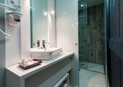 B&B ホテル フエンカラール 52 - マドリード - 浴室