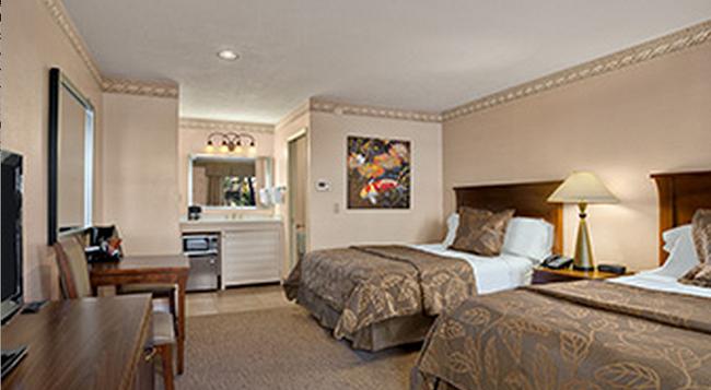 デイズインサンディエゴホテルサークル ニア シーワールド - サンディエゴ - 寝室