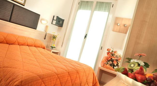 Aldebaran - リミニ - 寝室