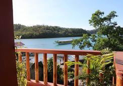 バッドラズ ダイブ リゾート - Puerto Galera - ビーチ