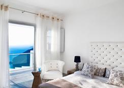 ベルベデーレ - フィロステファニ - 寝室