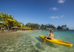 Fantasy Island Beach Resort - ロアタン島 - アトラクション