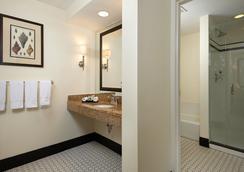 Inn at Pelican Bay - ネープルズ - 浴室