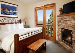 ジュニパー スプリングス リゾート - マンモス・レイクス - 寝室