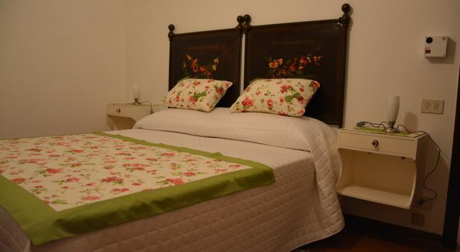 Casale Fusco - スポレート - 寝室