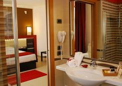 Kairos Garda Hotel - Castelnuovo del Garda - 浴室