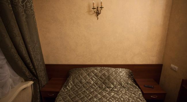 Mini-Hotel Symphony - サンクトペテルブルク - 寝室