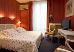 オテル ロリヴィエ - カンヌ - 寝室