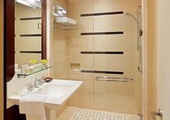 ザ セント レジス ホテル - バンクーバー - 浴室