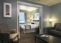 ザ セント レジス ホテル - バンクーバー - 寝室
