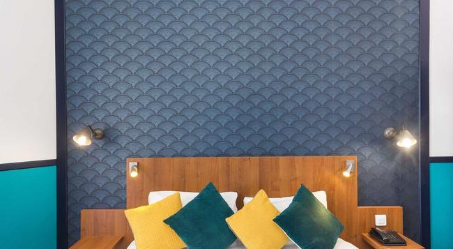 オテル クリヨン センター ニース バイ ハッピーカルチャー - ニース - 寝室