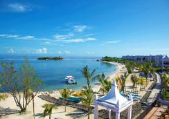 RIU Montego Bay - モンテゴ・ベイ - ビーチ