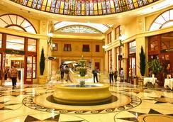 パリス ラスベガス ホテル & カジノ - ラスベガス - ロビー