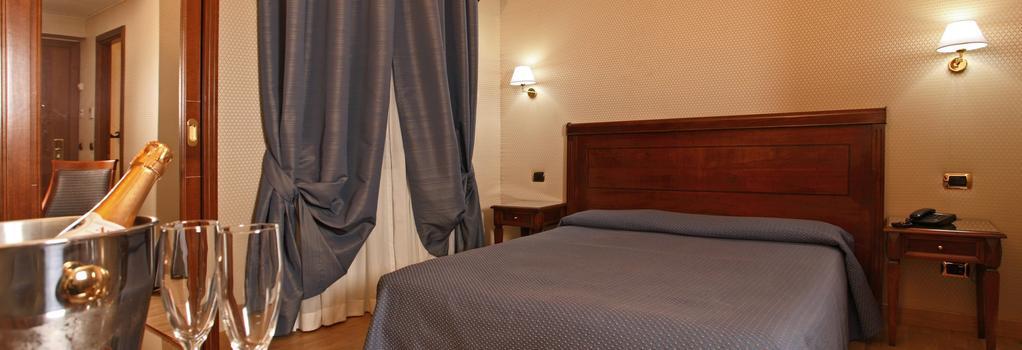 ホテル モンテカルロ - ローマ - 寝室
