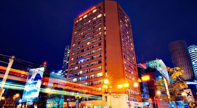 ボンド プレイス ホテル - トロント - 建物