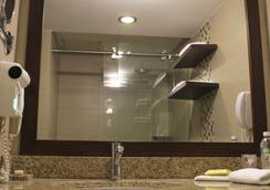 ホテル コンチネンタル - グアヤキル - 浴室