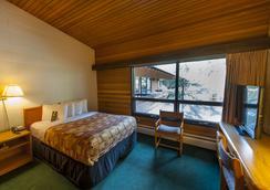 バンパーズ イン - バンフ - 寝室