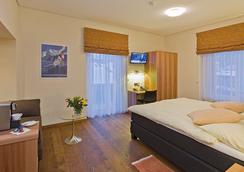 ホテル アンバサダー - Brig - 寝室
